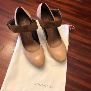 Apepazza Tan Leather Shoes With Suede Straps